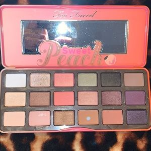 Too Faced sweet peach makeup palette